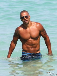 I have a feeling Shemar enjoys being shirtless as much as we enjoy seeing him shirtless.