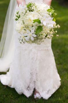 Floral Design: Felicity Bontecou - Salisbury, Connecticut Wedding from Sara Wight Photography