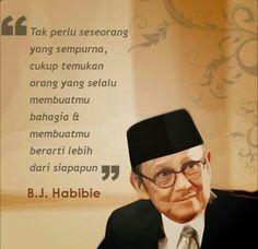 Super Ideas for quotes indonesia motivasi cinta Quotes Lucu, Cinta Quotes, Text Quotes, Words Quotes, Motivational Quotes, Funny Quotes, Inspirational Quotes, Jodoh Quotes, New Friendship Quotes