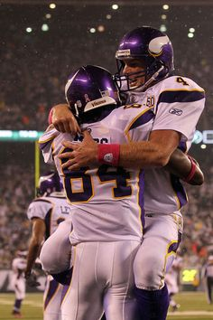 2010 - Brett favre embraces Randy Moss after catching his 500th reception for a TD in a game versus The New York Jets.