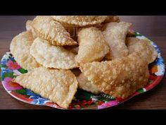 Highly Requested Recipe - Easily make Goan Christmas Sweet Neureos with this easy step by step recipe video Goan Recipes, Sweet Recipes, Christmas Sweets Recipes, Dry Snacks, Tasty, Yummy Food, Food Videos, Festive, Deserts