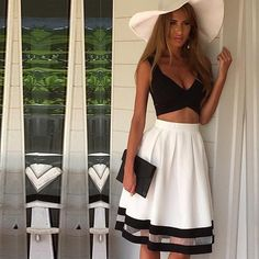Chinatown Style Elegant cropped top and long skirt. This is beautiful… Dress Link, Dress P, Chiffon Dress, Crop Top Bra, Crop Tops, Lace Party Dresses, Skirt Set, High Waisted Skirt, Sexy Women