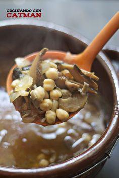 callos veganos (garbanzos con setas) Detox Recipes, Veggie Recipes, Dessert Recipes, Veggie Food, Desserts, Cooking Time, Cereal, Favorite Recipes, Vegetables