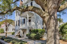 504 E Saint Julian St, Savannah, GA 31401 | MLS #153399 - Zillow