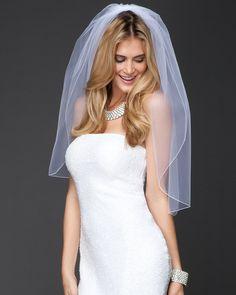 Classic with a beautiful modern twist! bebe Short Merrow Edge Wedding Veil
