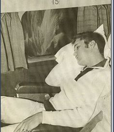 Elvis Presley / All 'tuckered out'.....Sleep tight, my King.