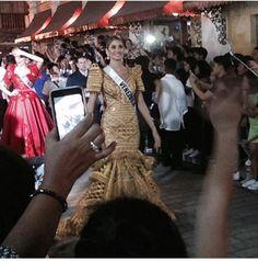 Miss Venezuela Mariam Habach, haciendo su Recorrido por las Calles de Vigan, donde el Pueblo de Lansa a las Calles a presenciar el Espetaulo, del Vigan Fashion Show.. By Antoni Azocar..