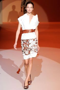 Carolina Herrera Spring 2010 Ready-to-Wear - Collection - Gallery - Look 1 - Style.com