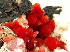 Inesite, Ca2Mn7Si10O28(OH)2•5(H2O), Calcite, Wessels Mine, Hotazel, Kalahari manganese field, Northern Cape Province, South Africa. Dimensions 80 x 73 mm. Copyright: © Joseph A. Freilich, LLC
