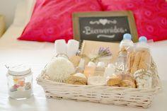 La chica de la casa de caramelo: Cesta de bienvenida para invitados en casa