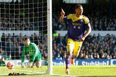 Everton 3 Swansea 1: Jonathan Guzman heads an equaliser for Swansea.