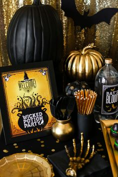 Hints of black and gold bring this glam Halloween get-together to life. Give your wicked potion party an elegant upgrade by hanging a gold sequin backdrop behind the food and drinks table, then add these black printable bats as accents. Brought to you by Evite in partnership with NABISCO #ad #GhostessParty