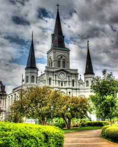 #neworleans #downtownnola #stlouiscathedral #jacksonsquare #cathedral #famous #historic #church #cloudporn #nolalove #frenchquarter #photography #photoftheday #steeple #cross #igersneworleans #igersnola #world_besthdr #thisisnola #tv_hdr #tourism #catholic #beautiful by ladylunanola