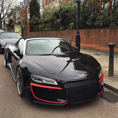 Regula Audi R8 ➖➖➖➖➖➖➖➖➖➖➖➖➖ #LeftLane ➖➖➖➖➖➖➖➖➖➖➖➖➖ Follow my friends: @red_line_performance_ @worldscoolestcars @nice_sick_cars @bestcarsevermade
