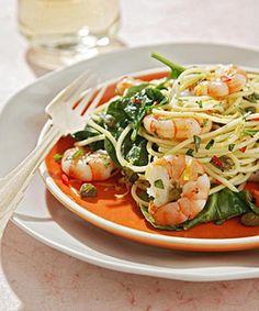 spaghetti met garnalen, basilicum, citroen en spinazie, was lekkkkker! mag wel genoeg spinazie in