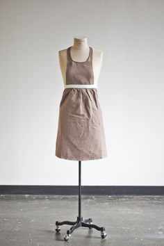 Full Skirt Apron - Pecan Orchard Pleasantries — heirloomed | linen aprons, tabletop + meaningful gifts