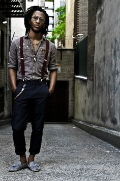 menswear suspenders, dark skinny pants, chambray shirt, loafers