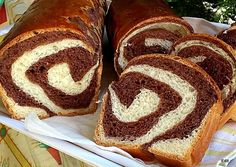 mióta megtaláltam ezt a receptet, nem is sütöm másként Ring Cake, Hungarian Recipes, Sweet Bread, Hot Dog Buns, Scones, Baked Goods, Cookie Recipes, Bakery, Food And Drink