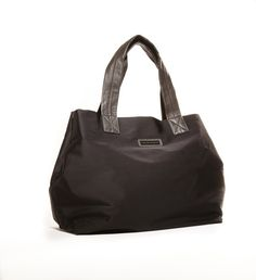 Jacki Easlick basic nylon tote with leather trim.  Simple Manhattan style for the woman on the go.