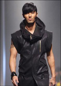 Cha Seung Won... Sleeveless leather