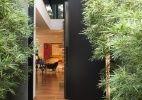 Portas de entrada determinam a primeira impressão sobre a casa, veja modelos - UOL Estilo de vida
