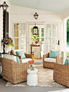 Sally Lee by the Sea | Outdoor Coastal Living Room | http://nauticalcottageblog.com