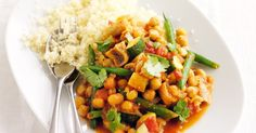Warm up with this vegetarian chickpea tagine with figs.