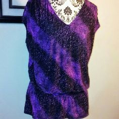 Purp/Blk Blouse Pre owned in great condition no defects.Top features elastic waist & V neck. Very lovely & stretchy. Material is 95% Polyester 5% Spandex. Worthington Tops Blouses