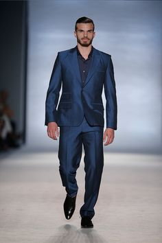 Kamil Sobczyk presented his Spring/Summer 2014 collection during ModaLisboa. Summer 2014, Spring Summer, High Fashion, Mens Fashion, Mans World, Catwalk, Menswear Trends, Suits, Formal