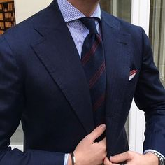 """Closeup from The other day of Tom sporting our Classic """"Striped Shantung 3-fold untipped - Navy/Wine"""" tie & Classic """"Bordeaux"""" Shoestring Cotton pocket square... Worldwide shipping at www.violamilano.com #violamilano #handmade #madeinitaly #luxury #style #elegance #details #menswear"""