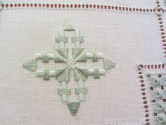 Hardanger Embroidery, Embroidery Patterns, Hand Embroidery, Bargello, Needful Things, Embroidery Techniques, Needlepoint, Stitch, Projects