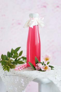 Syrop różany - Wiem co jem Kombucha, Cooking Time, Food Hacks, Herbs, Vase, Canning, Table Decorations, Home Decor, Folk