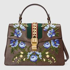 GUCCI Sylvie embroidered leather top handle bag - brown leather. #gucci #bags #shoulder bags #hand bags #nylon #suede #lining #