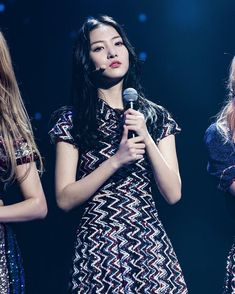 "34 Suka, 1 Komentar - KimBomin 김보민 (@bomin_gd) di Instagram: "" • • #희진#지니#체리#채솔#나윤 #HEEJIN#GENIE#CHERRY#CHAESOL#NAYOON #지원#하은#비바#보민#럭키…"" Fans Cafe, Good Day, Girl Group, Sequin Skirt, Archive, Kpop, Girls, Fashion, Angels"