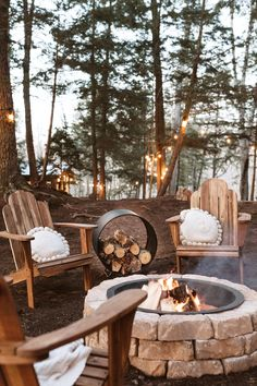 What better way to spend an evening then by the fire. Create a beautiful space to store your extra logs with our Ring Log Holder. The unique design of the Ring Log Holder transitions easily from inside to out. Crafted in Canada from powder coated aluminum with welded legs this piece is rust resistant make is perfect for around the campfire or by the indoor hearth. Fire Pit Landscaping, Fire Pit Backyard, Outdoor Fireplace Designs, Outdoor Dining, Outdoor Decor, Fire Pit Designs, Outdoor Projects, Ideal Home, Log Holder