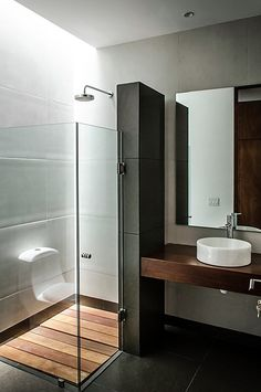 Browse modern bathroom ideas images to bathroom remodel, bathroom tile ideas, bathroom vanity, bathroom inspiration for your bathrooms ideas and bathroom design Read Bathroom Design Small Modern, Modern Bathroom, House Design, Small Bathroom Makeover, Bathroom Decor, Small Bathroom Remodel, Bathrooms Remodel, Bathroom Makeover, Diy Bathroom Remodel