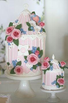 Esta é uma mesa de doces simples, delicada com um ar vintage que amo!!!Inspire-se!!                                 Fonte:littlebigco