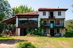 Una casa rural frente a los Picos de Europa en Asturias: fachada