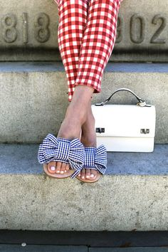 Bow Sandals!