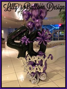 ideas birthday decorations numbers for 2019 40th Birthday Balloons, 40th Birthday Decorations, Happy 40th Birthday, 60th Birthday Party, Balloon Decorations, Balloon Arrangements, Birthday Cakes, Purple Balloons, Mylar Balloons