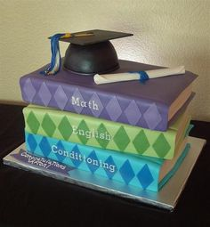 boys graduation cake | fondant covered with gumpaste diploma, hat top and tassel