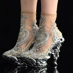 wow! Crazy Shoes. Reminds me of winter turbulence