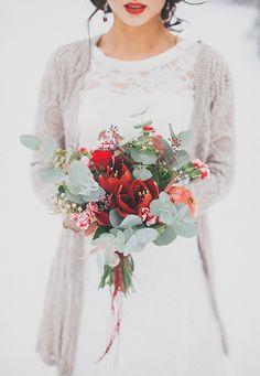 Благородный гранат: зимняя свадьба Алисы и Александра - WeddyWood