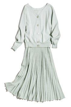 《小林由依&梅澤美波》キレイ色セットアップなら一発で上品コーデがキマる!♡オフィスカジュアル 結婚できる正解コーデ - withonline - 講談社公式 -   女を磨ける 結婚できちゃう Spring Clothes, Spring Outfits, Edgy Chic, Wardrobes, Chic Outfits, Work Wear, Spring Fashion, Your Style, Honey