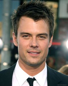 Who does he look like to you ?  Name is - Josh Duhamel