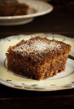 Συνταγή Φανουρόπιτα Υλικά Greek Desserts, Greek Recipes, Banana Bread, Cake Recipes, Sweets, Cakes, Food, Kitchen, Cooking