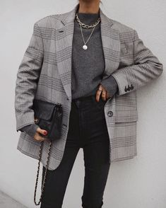Discovered by Find images and videos about fashion, outfit and look on We Heart It - the app to get lost in what you love. Blazer Outfits, Fall Outfits, Casual Outfits, Cute Outfits, Fashion Outfits, Grey Blazer Outfit, Fashion Clothes, Fashion Ideas, Summer Outfits