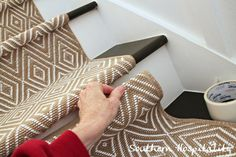 How to install carpet runner on stairs (southern hospitality blog)