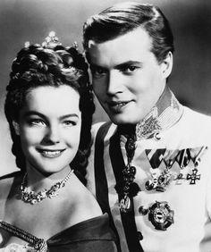 Romy Schneider e Karl Heinz Bohm nei panni di Sissi e Francesco Giuseppe, imperatori d'Austria.