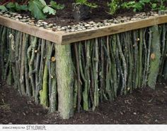 More Garden Edging: 9 Creative Ideas! | The Garden Glov… na Stylowi.pl